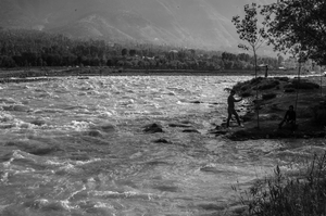 Kashmir: As seen from the road