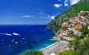 Amalfi Coast...the azure beauty!