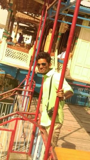 Sachin Vyapari Travel Blogger