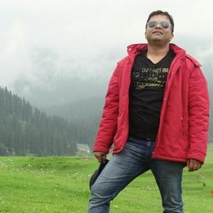 Dinesh Nair Travel Blogger