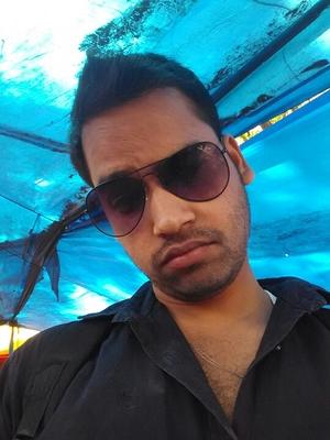 Hitesh Lata Travel Blogger