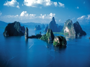 Cruise through Magical Phang Nga Bay