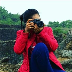 mayuri Travel Blogger