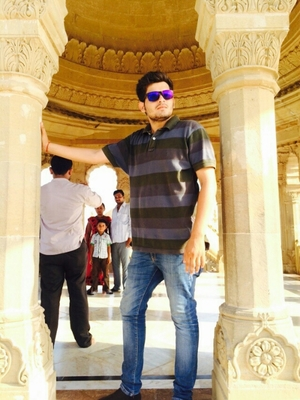 saurabh yadav Travel Blogger