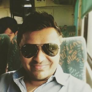 Hardik Sondagar Travel Blogger