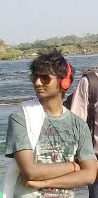Akash Vishwakarma Travel Blogger