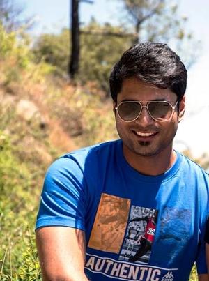 Nikhil Jain Travel Blogger
