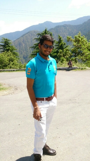 preyas pandey Travel Blogger