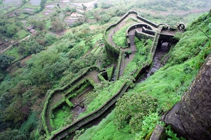 The monsoon trek to Lohgad