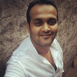 Dipen Gada Travel Blogger