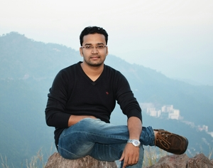 Ajay Arya Travel Blogger