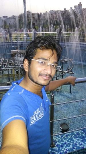 Vipul Garg Travel Blogger