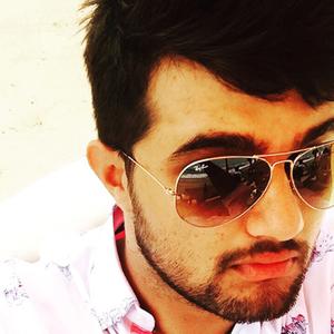 Navan Preet Hayer Travel Blogger