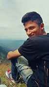 Fenin Mp Travel Blogger