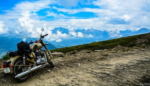 Chanshal Pass: Where Wind Roars!!