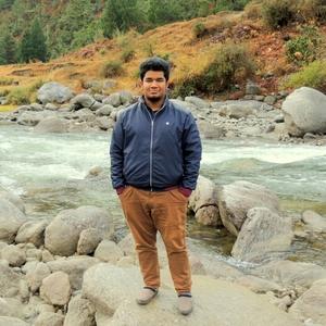 Arunabh Sonowal Travel Blogger