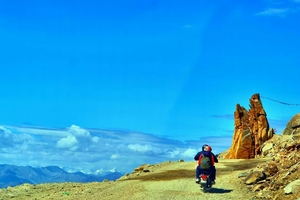 Motorcycling in Ladakh
