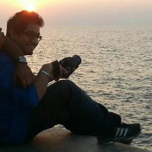 Akki Chawla Travel Blogger