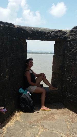 Divya Arya Travel Blogger