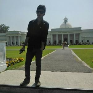 Piyush Mujavdiya Travel Blogger
