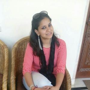 Aditi Sharma Travel Blogger