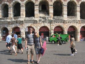 HAYLEY Travel Blogger