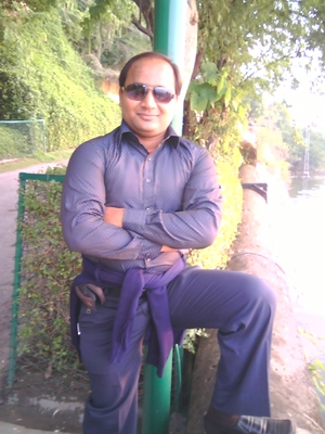 PRAVEEN SHARMA Travel Blogger