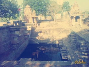Old ganga kund 15000 years old☺ in india
