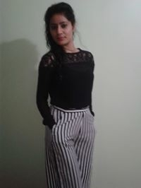 Vidushi Dhar Travel Blogger