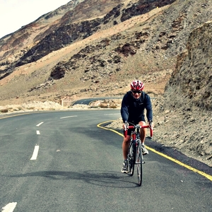 This Man Is Cycling 4,300 km From Leh to Kanyakumari For His 60th Birthday. What's Your Plan?