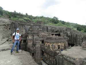 4 Days 5 Nights Trip to Ajanta, Ellora Cave and Mumbai starting from New Delhi