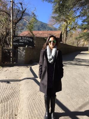 Gayatri Travel Blogger