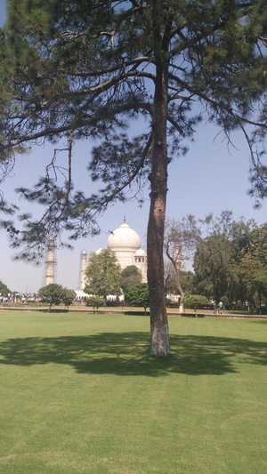 Much clichéd, yet much true...Wah Taj!