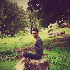 Swapneil Yadav Travel Blogger