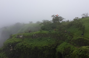 Monsoon Trail To Mahuli Fort
