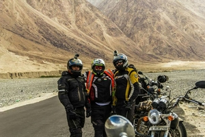 Quest to Ladakh on a Royal Enfield
