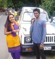 Swami Pleni Travel Blogger