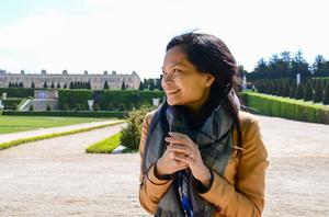 Jane Sarabia  Travel Blogger