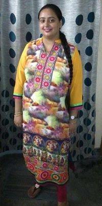 Rakita Bedi Travel Blogger