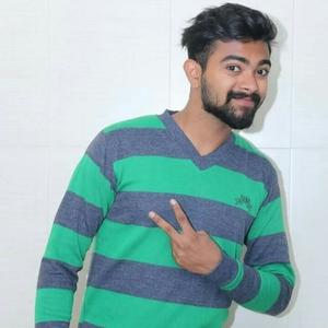 Shaheel Khan Travel Blogger