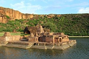Badami – Chalukyan's Vatapi
