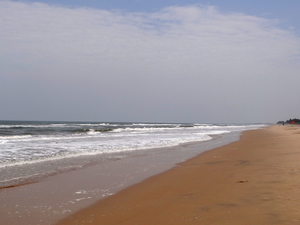 Pondicherry- Kodaikkanal: Sun, sand, mountains and clouds in one trip.