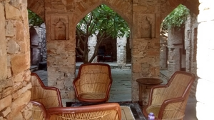 Dadhikar Fort - Located in a Different Era!