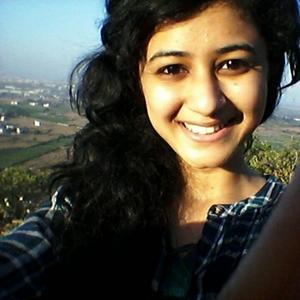 Divita Oberoi Travel Blogger