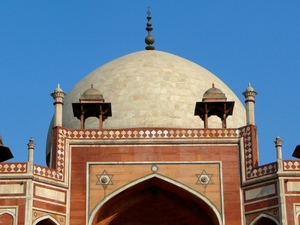 The underrated mausoleum: Humayun's Tomb