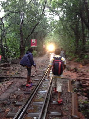 Through the foggy trails of Matheran