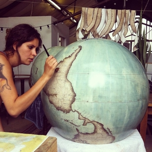 This Traditional Globemaker's Studio Is Hands Down The Most Beautiful Thing On Instagram