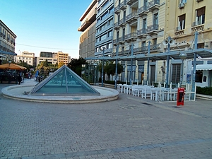 A walk along Athens open markets!