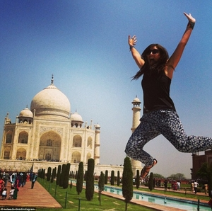 After Being Left At The Altar, This Woman Quit Her Job and Sold Her House To Travel the World