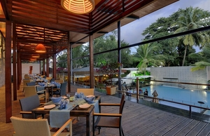 Candle Light Dinner in Bangalore : Top 8 Romantic Restaurants in Bangalor To Enjoy Evening